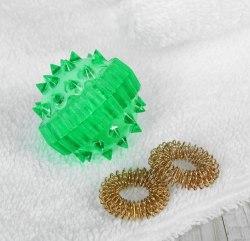 """Массажер «Массажный шарик» для массажа """"Су джок"""" с двумя кольцевыми пружинами"""