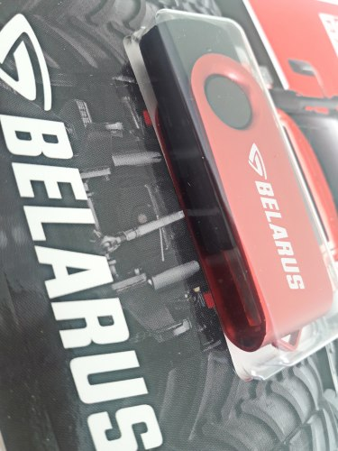 Флешка красно-черная 16 GB 3.0 932-205