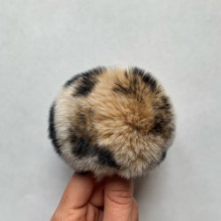 Меховые помпоны из меха кролика 8-9 см