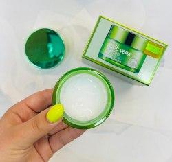 BioAqua Aloe Vera 92% Moisturizing Cream Освежающий и увлажняющий крем-гель для лица и шеи, 50 г
