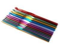 Крючок металлический или с пластиковой ручкой