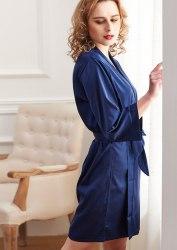 Синий короткий халат из искусственного шелка SIZE+