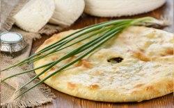 Сыр и зеленый лук