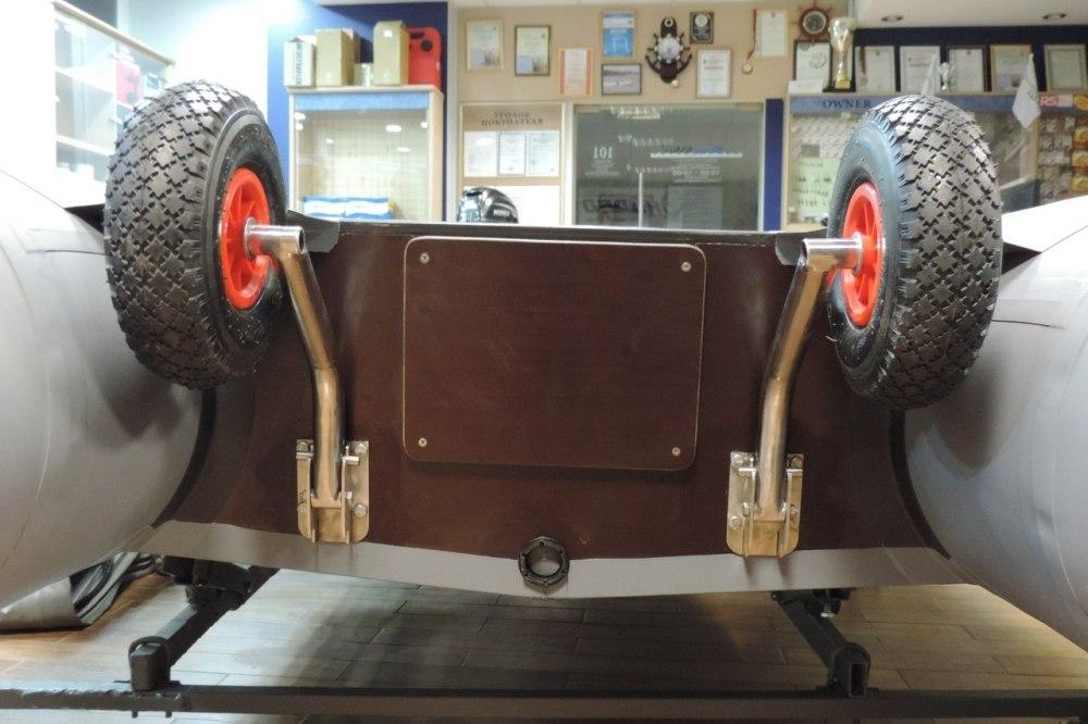 Транцевые колеса с установкой: откидные/быстросъемные