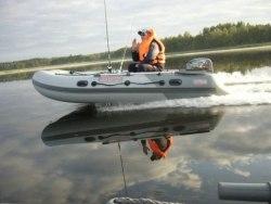 Лодка Посейдон Касатка 335