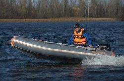 Лодка Kolibri КМ-400DSL