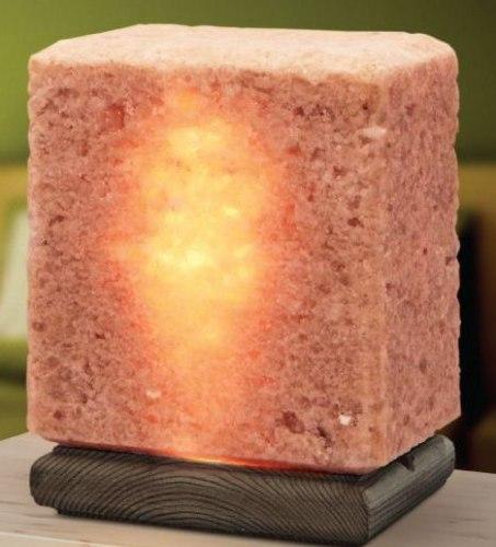 Соляная лампа из Крымской Розовой соли 4 кг на деревянной подставке Соляная баня
