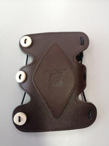 Защита на руку White Feather Armguard Rainbow Leather
