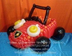 Машина из шариков