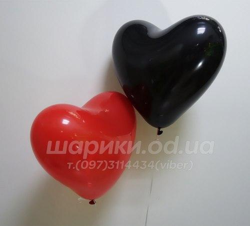 Черное сердце шарик