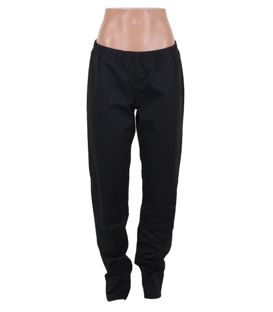 Черные брюки зауженные