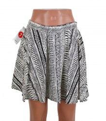 Расклешенная черно-бежевая юбка сзади на резинке Pimkie 15151