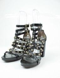 Черные босоножки с золотыми заклёпками на каблуке Nekh Sneshana 4942