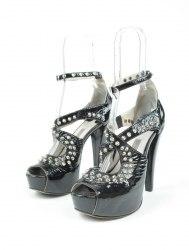 Черные лаковые туфли с заклёпками на скрытой платформе Litvinska 4943