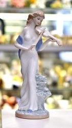 Статуэтка Девушка со скрипкой art.10175