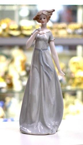Статуэтка Девушка с птичкой art.10189