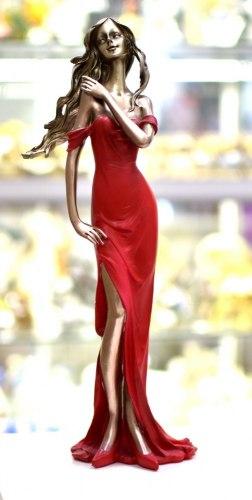 Статуэтка Девушка в платье 2 art.10180