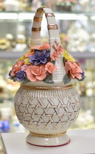 Фарфоровые цветы в корзине ks-151
