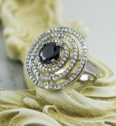 Кольцо с черным цирконом kk-100