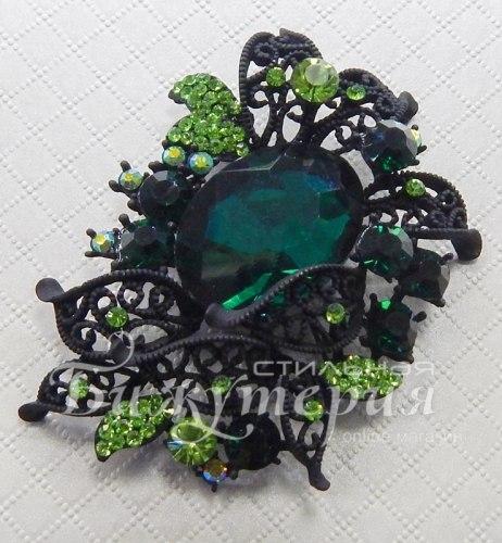 Брошь темно-зеленая b-059