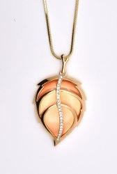 Кулон Лист оранж. p-061