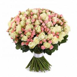 """Букет из розовых кустовых роз """"Корнелия"""" - 101 шт, 60 см"""