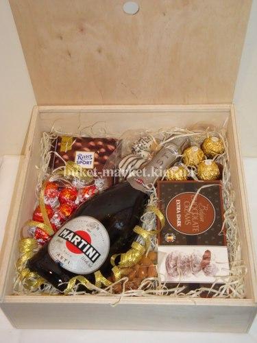 Подарочный набор с шампанским (пенал с крышкой) №216