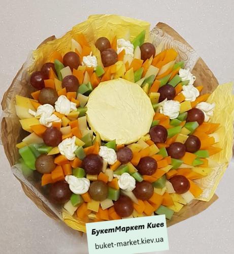Съедобный букет из сыра и меда №44, Ø30 см.