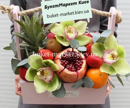 """Букет из фруктов в ящичке """"Мадагаскар"""" №330"""