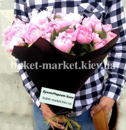 Букет розовых пионов, 19 шт.