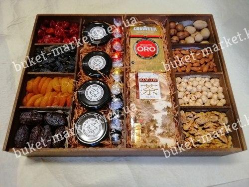 """Большой подарочный набор с медом, орехами и сухофруктами """"Восточный"""", (пенал с крышкой) №225"""