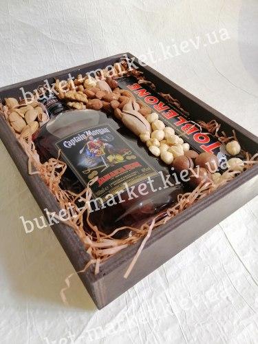 Подарочный бокс с орехами (без крышки), №226