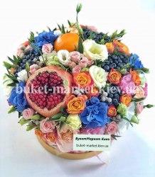 Букет с гранатом и цветами в коробке, Ø20-27 см., №388