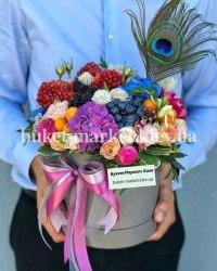 Букет с цветами и ягодами в коробке, Ø20-25 см., №391