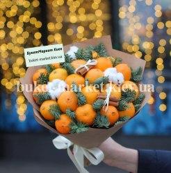 Букет с мандаринами и елкой №412