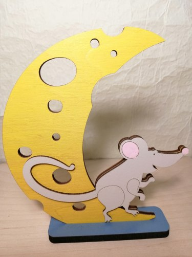 Статуэтка Мышка на луне