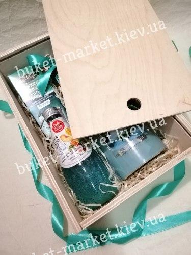 Женский подарочный набор с шоколадом №461
