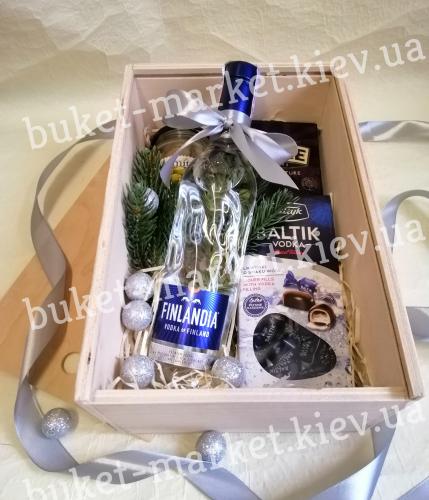 Новогодний подарок со вкусом водки (пенал с крышкой) №478
