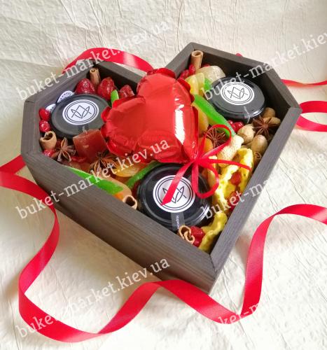 Вкусная валентинка из сухофруктов и меда №508