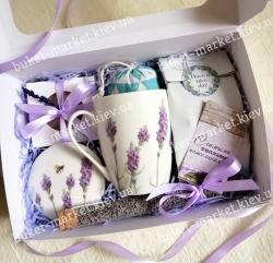 Ароматный женский подарок с лавандой, мылом и чаем №511