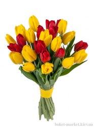"""Букет из 25 тюльпанов """"Праздничный"""""""