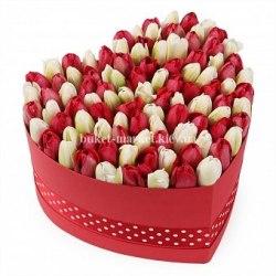 Тюльпаны в коробке сердце - 101 тюльпан