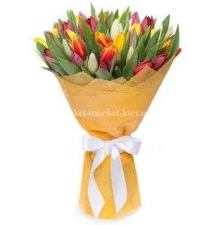 Букет из 31 тюльпана микс