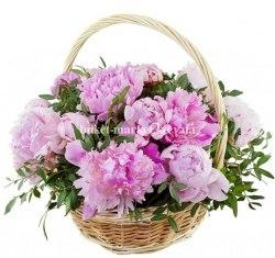 Корзина розовых пионов 15 шт