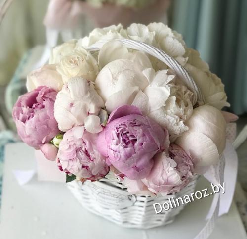 """Коробка с цветами """"Милые пионы"""""""