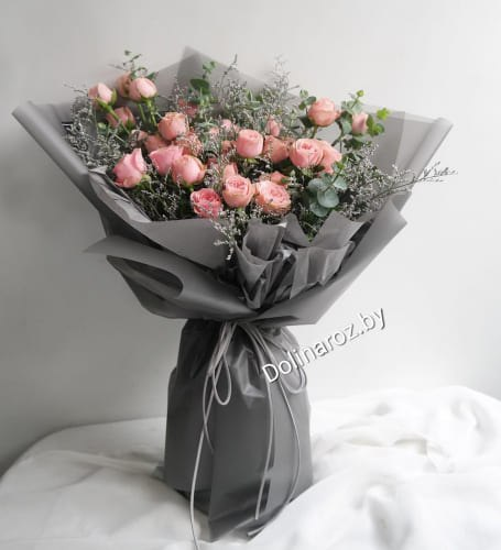 """Букет """"Розовенький"""" Кустовые розы"""