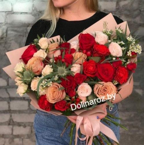 """Букет """"Сказочный"""" Кустовые розы"""