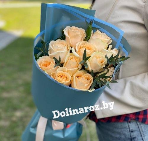 """Букет роз """"Фисташковый"""" 11 роз"""