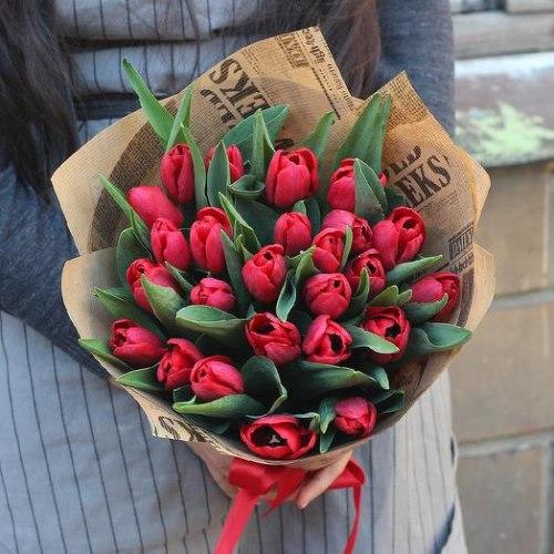 """Букет тюльпанов """"Красный стиль"""""""