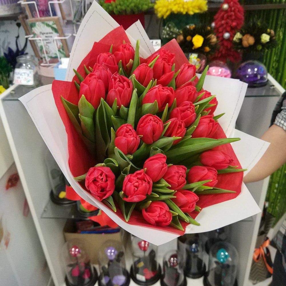 Букет из 80 тюльпанов минск